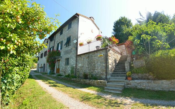 Casa Norma, Country House for rent in Corsagna, Tuscany