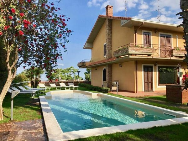 Villa Le Palme, Villa for rent in Trecastagni, Sicily