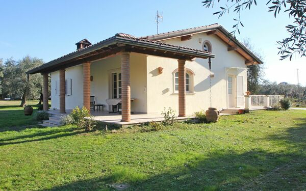 Il Ciliegio, Holiday Home for rent in Ripa-pozzi-querceta-ponterosso, Tuscany