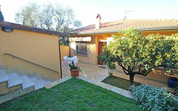 Casa Vacanze Il Mandarino in affitto a Pietrasanta