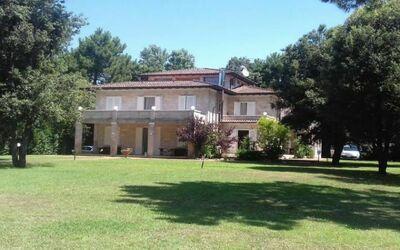 Villa Paradiso: Giardino della Villa Ronchi