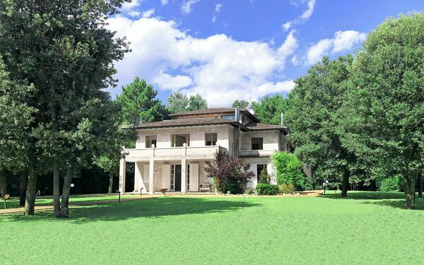 Villa Paradiso, Villa for rent in Marina Dei Ronchi, Tuscany