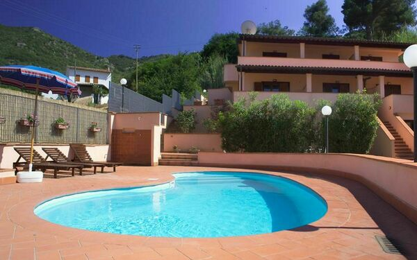 Rosa Dell'arcipelago, Residence for rent in Nisporto, Tuscany