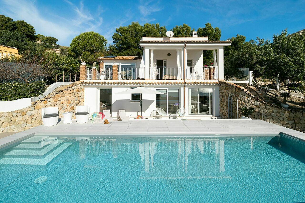 Villa for rent in Sicily