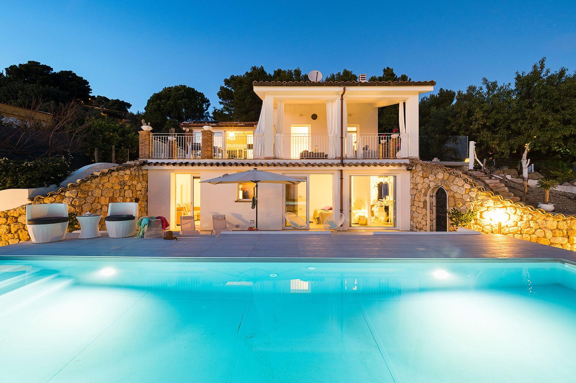 Villa Licata - Luxury rental in Sicily with Pool