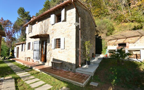 Al Casale Di Cozzile, Country House for rent in Massa e Cozzile, Tuscany