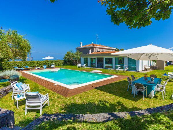 Villa Villa Martina in  Viagrande -Sizilien