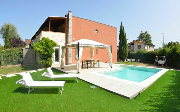 Marin, Villa for rent in Lucca, Tuscany