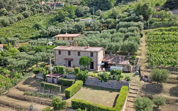 La Casa Di Pietra, Villa for rent in Seravezza, Tuscany