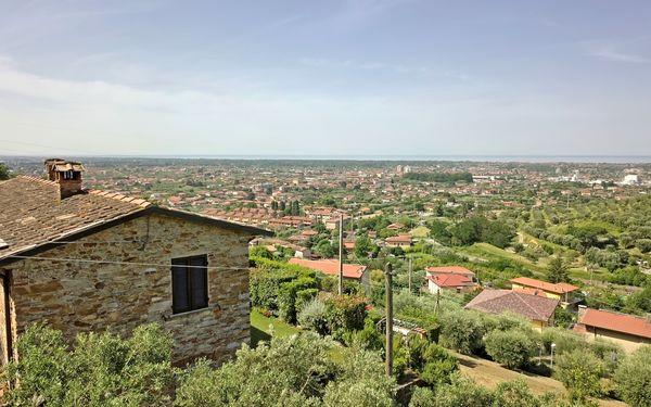 Villa La Casa Di Pietra in affitto a Seravezza