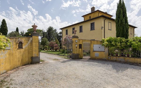 Villa Caterina, Villa for rent in Fratta-santa Caterina, Tuscany