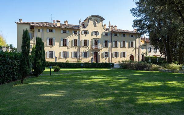Il Marchese Di Ronta, Villa for rent in Ronta, Tuscany