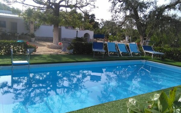 Trullo Fico D'india, Villa for rent in San Michele Salentino, Apulia