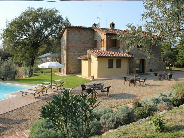 B&b Poggio Del Drago, Bed & Breakfast for rent in Ponticino, Tuscany