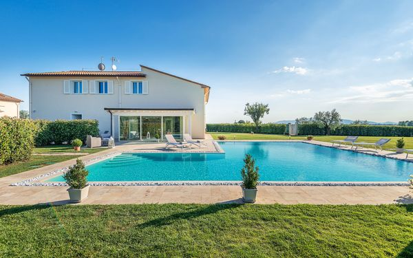 Villa Termae, Villa for rent in Cintolese, Tuscany