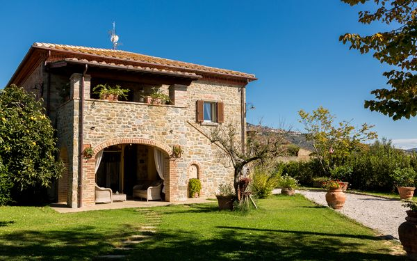I Girasoli Di Berto, Villa for rent in Cortona, Tuscany