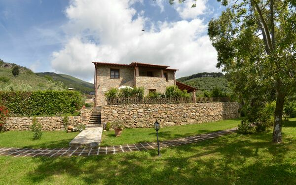 Podere Di Mero, Country House for rent in Buti, Tuscany