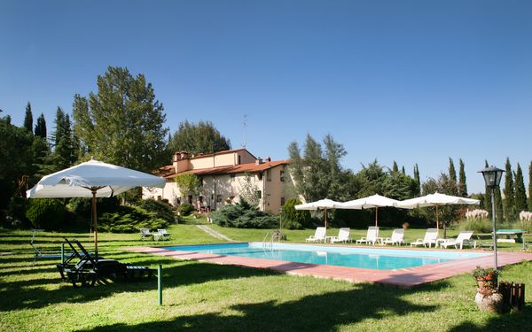 Agriturismo Girasole, Country Resort for rent in Varna, Tuscany