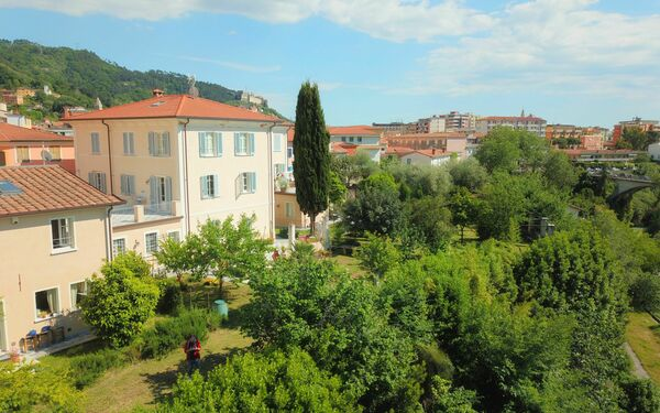Il Borgo Del Ponte, Holiday Apartment for rent in Massa, Tuscany