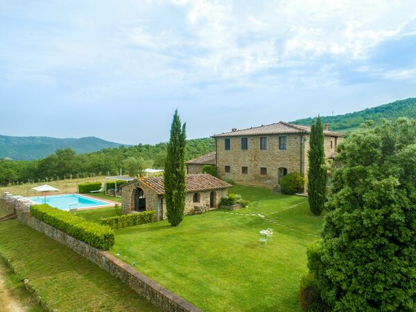Borgo Gerlino, Country House for rent in Rapale, Tuscany