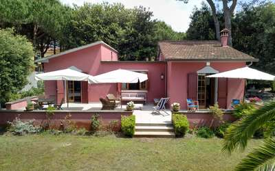 Villa Rosa: Holiday Home in Tuscany