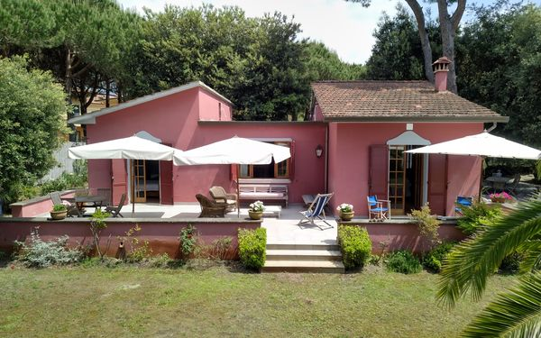 Villa Rosa, Villa for rent in Capanne-prato-cinquale, Tuscany