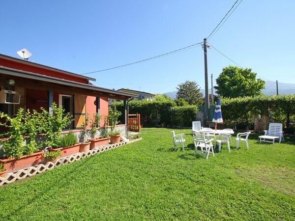 Utopia, Holiday Apartment for rent in Marina Dei Ronchi, Tuscany