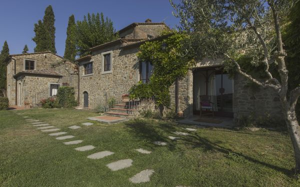 Villa Borgo Del Falco, Country House for rent in Sodo, Tuscany