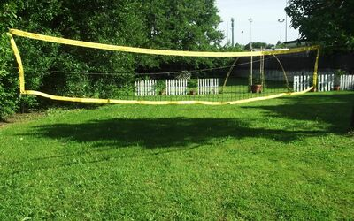 La Villa Dei Ricordi: volleyball net in the garden