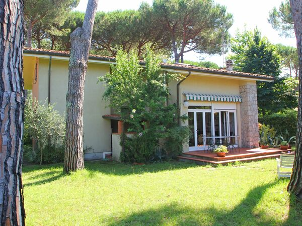 Ai Cerri, Holiday Home for rent in Marina Dei Ronchi, Tuscany