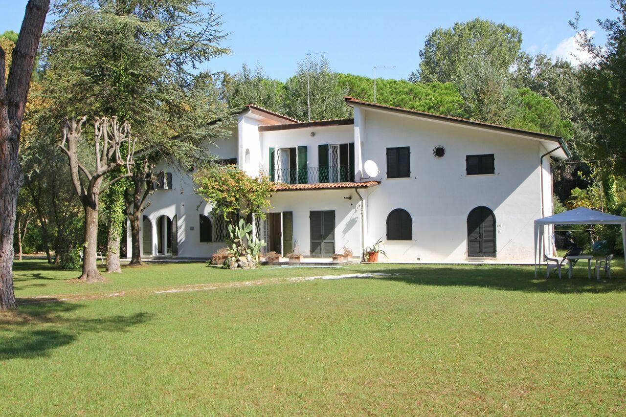 Holiday Villa at the sea in Tuscany