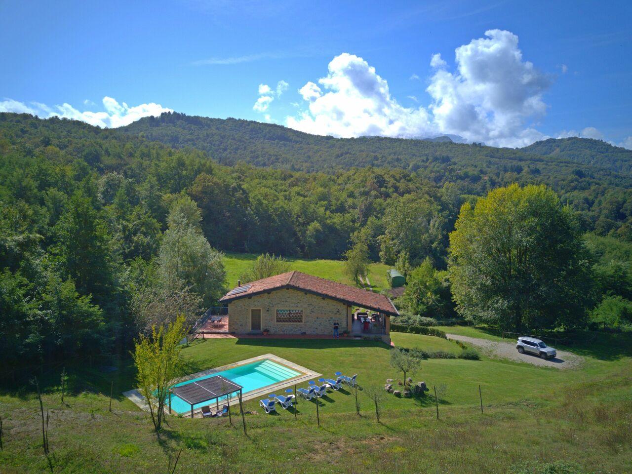 Villa with pool in Garfagnana
