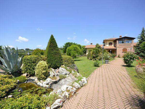 Villa Villa Solidea in affitto a Pietraia