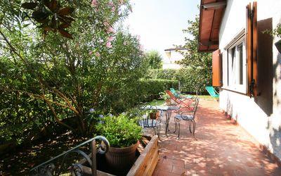 Villa Cremona: Villa for Rent in Forte dei Marmi for 8 People