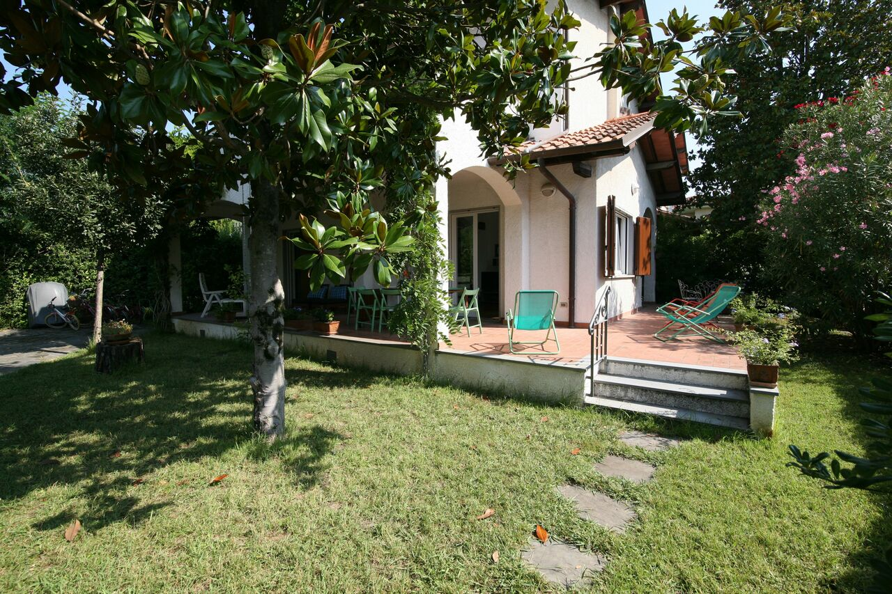 Villa for rent in Forte dei Marmi