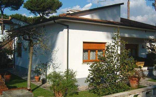 Toskánsko, Capanne-prato-cinquale, Villa Rosselli