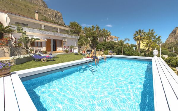 Villa Di Sofia, Villa for rent in Santa Flavia, Sicily
