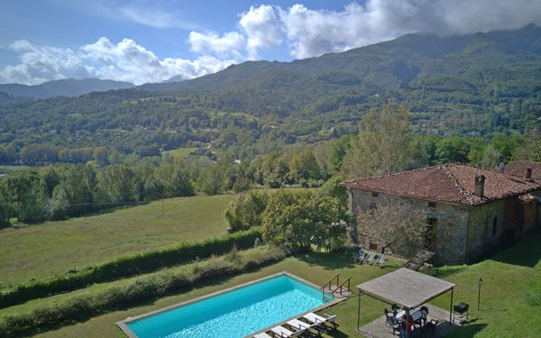 I Baroni, Villa for rent in Cipressi, Tuscany