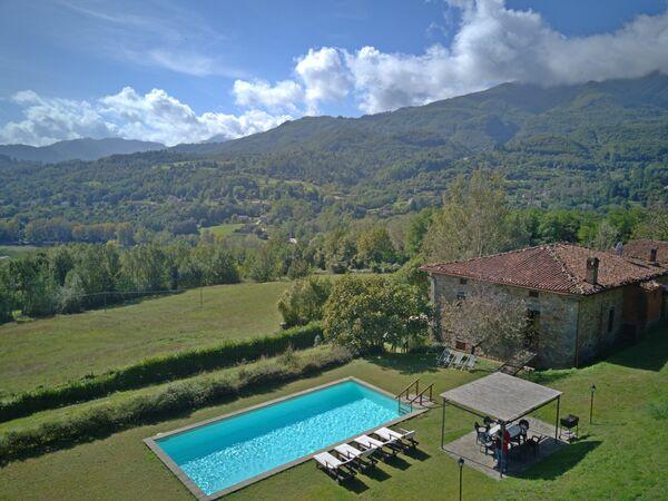 I Baroni, Villa for rent in Cipressi, Tuscany
