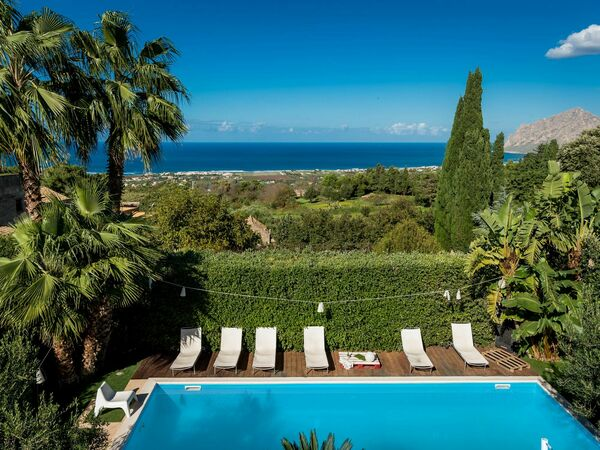 Villa Valderice, Villa for rent in Valderice, Sicily