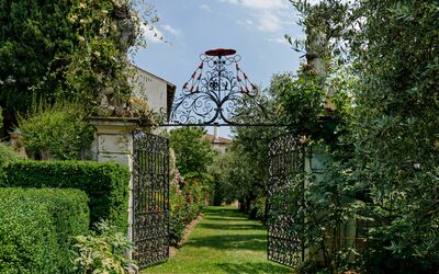 Villa Il Galero: Entrance to the garden