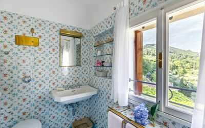 Villa Il Galero: Second Floor Bathroom (shared)