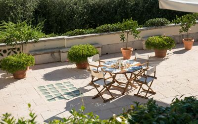 Villa Il Galero: Sunny breakfast in the First Floor Terrace