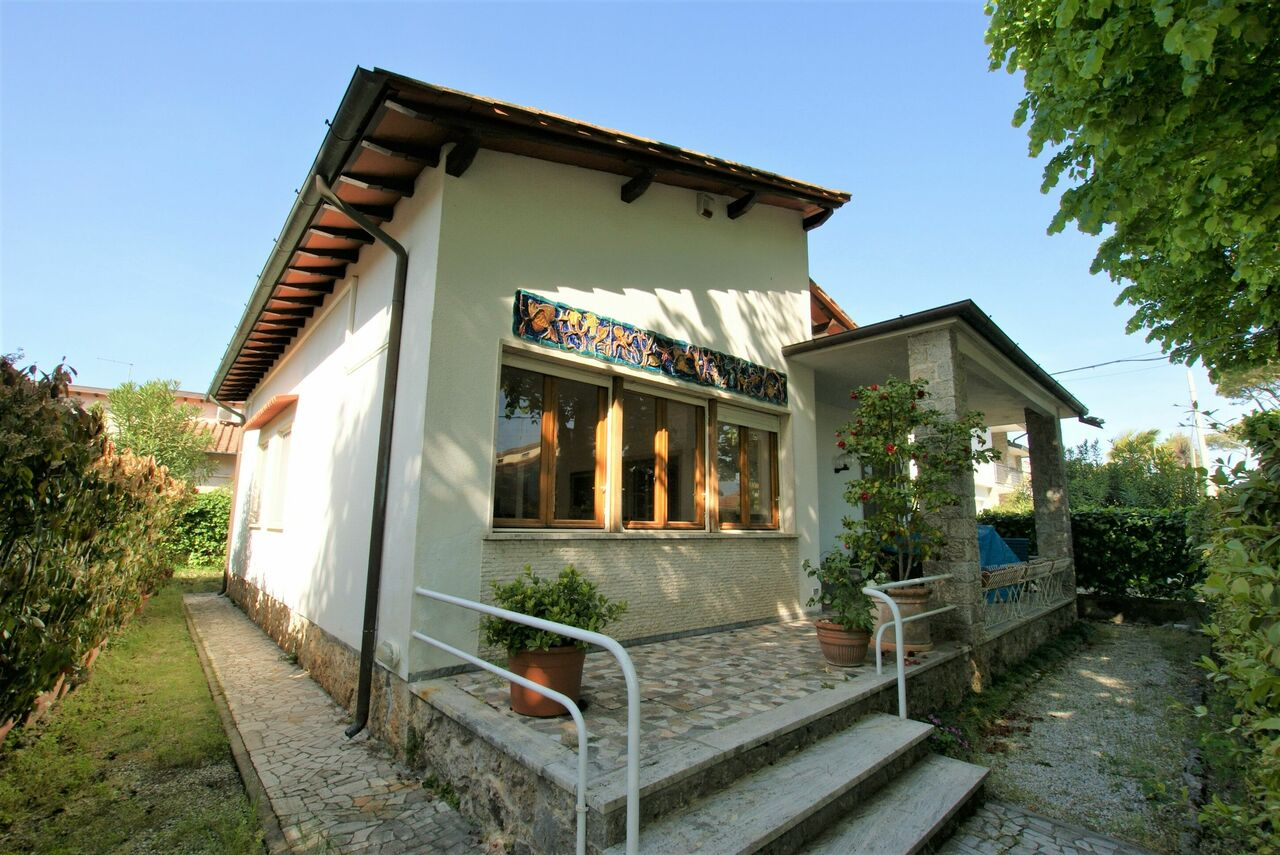 Holiday Villa in Forte dei Marmi