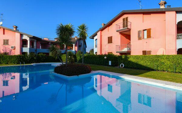 Gardagate - Residence San Giacomo, Apartment for rent in Moniga Del Garda, Lombardy