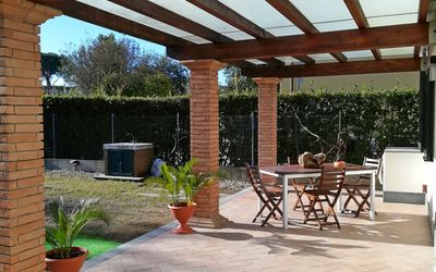 Casa Manuela: Holiday home for rent near Forte dei Marmi