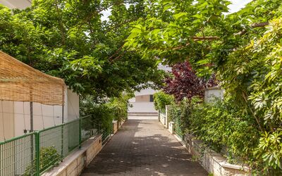 Villa Victory: Stradina privata d'ingresso/uscita