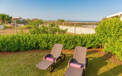 Villa La Notte: Area solarium sea view