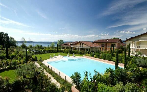 Gardagate - San Vito, Residence for rent in Sirmione, Lombardy
