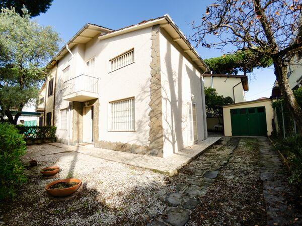 Ferienhaus Angelina in  Lido Di Camaiore -Toskana